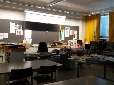Tyhjät tynnyrit peruskoulussa
